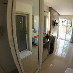 Отель TT Naiyang Beach Phuket удобства в номере
