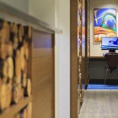 Отель Accent Inns Victoria Канада, Саанич - отзывы, цены и фото номеров - забронировать отель Accent Inns Victoria онлайн интерьер отеля фото 3