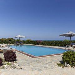 Отель Belvedere Beachfront Villa бассейн фото 2