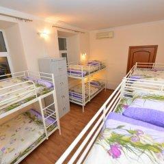 Хостел Абрикос Кровать в женском общем номере с двухъярусными кроватями фото 13