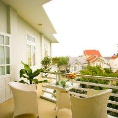 Отель The Moon Villa Hoi An 2* Стандартный семейный номер с различными типами кроватей фото 11