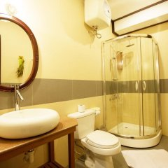 Vinh Hung Library Hotel 3* Номер Делюкс