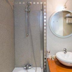 Отель Best Western Hôtel Mercedes Arc de Triomphe 4* Стандартный номер с различными типами кроватей фото 4