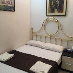 Отель Hostal Mont Thabor Номер категории Эконом с различными типами кроватей фото 14