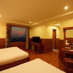 Ayarwaddy River View Hotel 3* Люкс с различными типами кроватей фото 3