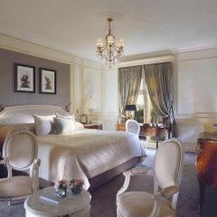 Отель Le Meurice 5* Улучшенный номер с различными типами кроватей