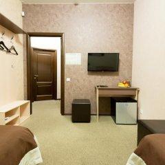Гостиница Шале на Комсомольском 3* Номер Эконом с 2 отдельными кроватями (общая ванная комната) фото 6