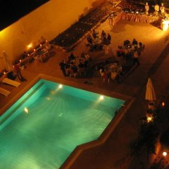 Отель Kings Way Inn Petra Иордания, Вади-Муса - отзывы, цены и фото номеров - забронировать отель Kings Way Inn Petra онлайн бассейн фото 2