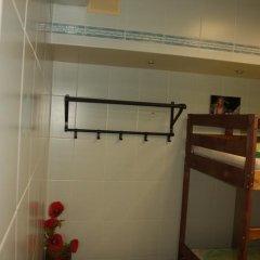 Len Inn Luxe Hostel Кровать в женском общем номере с двухъярусными кроватями фото 5
