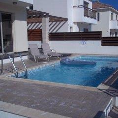 Отель Villa Wade Кипр, Протарас - отзывы, цены и фото номеров - забронировать отель Villa Wade онлайн бассейн фото 3