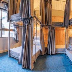 Отель Gold Night 2* Кровать в общем номере фото 14