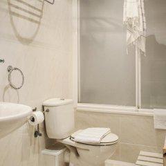 Отель AinB B&B Eixample-Muntaner Испания, Барселона - 4 отзыва об отеле, цены и фото номеров - забронировать отель AinB B&B Eixample-Muntaner онлайн ванная фото 2