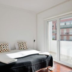 Отель Feels Like Home - Principe Real Elegance комната для гостей фото 2