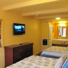 Отель Coast Inn and Spa Fort Bragg 2* Стандартный номер с 2 отдельными кроватями фото 4
