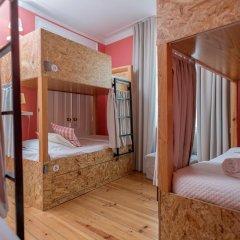 Passport Lisbon Hostel 2* Кровать в женском общем номере фото 14