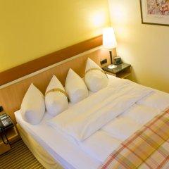 Отель Holiday Inn Berlin Airport - Conference Centre 4* Стандартный номер фото 3