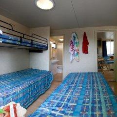 Отель Camping Village Roma Шале с различными типами кроватей