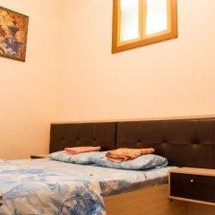 """Mini-hotel """"Ural"""" Стандартный семейный номер с двуспальной кроватью фото 3"""