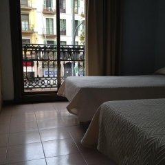 Отель Hostal Delfos комната для гостей фото 2