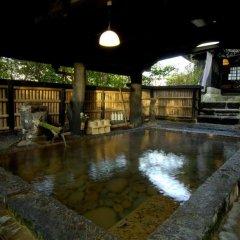Отель Kurokawa Onsen Yama No Yado Shinmeikan Минамиогуни бассейн фото 3