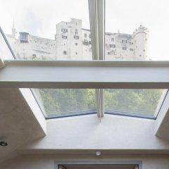 Отель Weisses Kreuz Salzburg Зальцбург балкон
