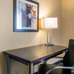 Отель Comfort Inn & Suites near Universal Orlando Resort 2* Стандартный номер с различными типами кроватей фото 3