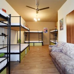 Little Quarter Hostel Кровать в общем номере с двухъярусной кроватью фото 7