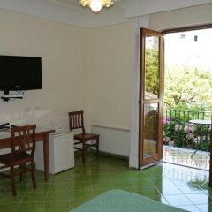 Отель A Casa Dei Nonni Улучшенный номер