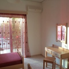 Апартаменты Kokkinos Apartments комната для гостей фото 3