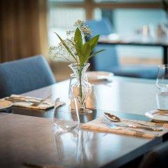 Отель Quality Hotel Ålesund Норвегия, Олесунн - 1 отзыв об отеле, цены и фото номеров - забронировать отель Quality Hotel Ålesund онлайн питание фото 3