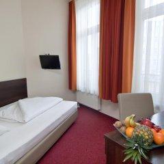 Novum Hotel Eleazar City Center 3* Стандартный номер двуспальная кровать фото 2