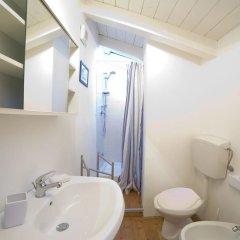 Отель Curtigghiu Casa A Razziedda Италия, Сиракуза - отзывы, цены и фото номеров - забронировать отель Curtigghiu Casa A Razziedda онлайн ванная