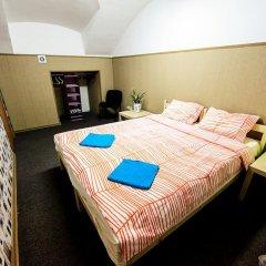 Abazhur Hostel Санкт-Петербург комната для гостей фото 4