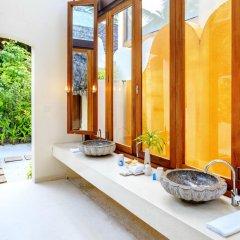 Отель Conrad Maldives Rangali Island 5* Вилла Делюкс с различными типами кроватей фото 4