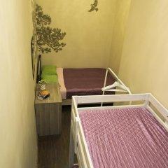 Хостел Siberia Стандартный семейный номер с двуспальной кроватью