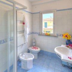 Отель Residence I Giardini Del Conero Италия, Порто Реканати - отзывы, цены и фото номеров - забронировать отель Residence I Giardini Del Conero онлайн ванная
