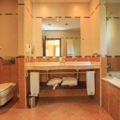 Отель Park Hotel Pirin Болгария, Сандански - отзывы, цены и фото номеров - забронировать отель Park Hotel Pirin онлайн ванная фото 2