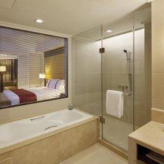 Отель Holiday Inn Guangzhou Shifu 4* Улучшенный номер с разными типами кроватей фото 4