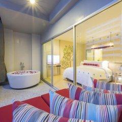 Отель Ramada by Wyndham Phuket Deevana Patong Номер Делюкс с двуспальной кроватью фото 2