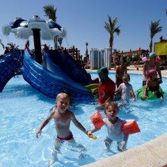 Отель Hawaii Riviera Aqua Park Resort 5* Стандартный семейный номер с различными типами кроватей