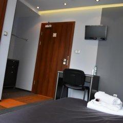 Отель Młoda Europa удобства в номере фото 2