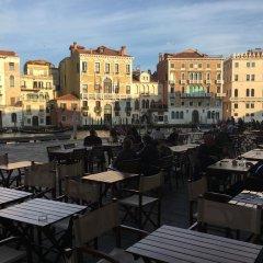 Отель Antico Mercato Италия, Венеция - отзывы, цены и фото номеров - забронировать отель Antico Mercato онлайн балкон