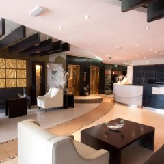 Al Waleed Palace Hotel Apartments Oud Metha гостиничный бар