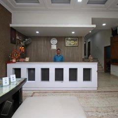 Отель Ashoka International Индия, Нью-Дели - отзывы, цены и фото номеров - забронировать отель Ashoka International онлайн интерьер отеля