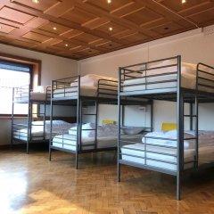 Отель Marken Guesthouse Кровать в мужском общем номере фото 9