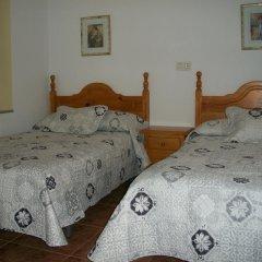Отель Pension Mari Стандартный номер с двуспальной кроватью (общая ванная комната) фото 7
