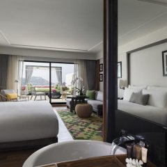 Отель The Nai Harn Phuket 4* Номер Премиум с разными типами кроватей фото 5