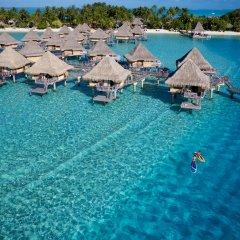 Отель InterContinental Le Moana Resort Bora Bora 4* Бунгало с различными типами кроватей фото 2
