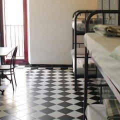 Hostel New York Кровать в общем номере с двухъярусной кроватью фото 5