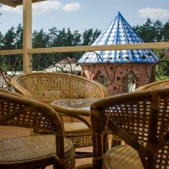 Гостиница Курорт-парк Улиткино в Улиткино отзывы, цены и фото номеров - забронировать гостиницу Курорт-парк Улиткино онлайн балкон